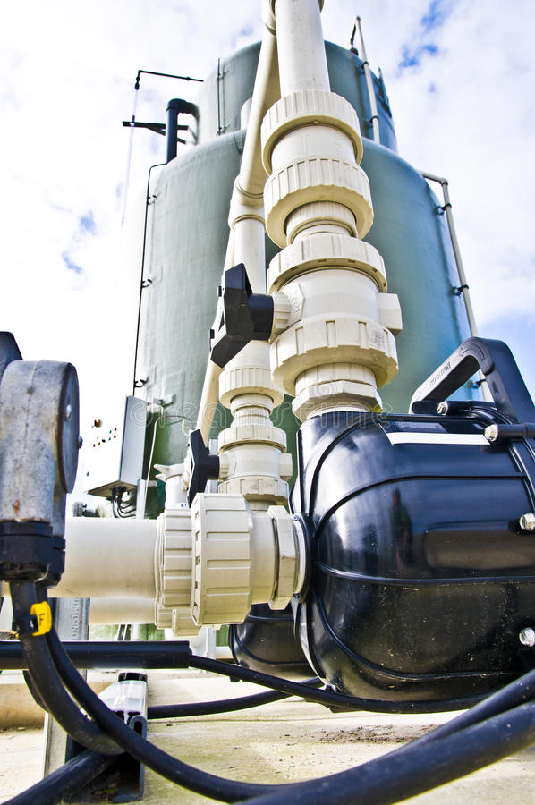 промышленный бак pipework стоковые фотографии rf