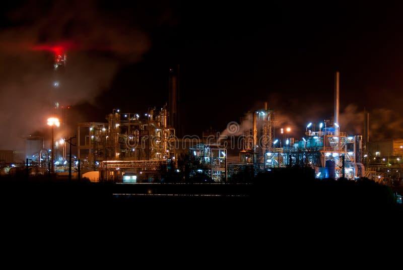 промышленный взгляд ночи стоковое фото
