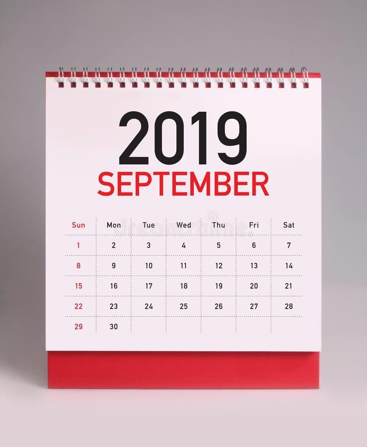 Простой настольный календарь 2019 - сентябрь стоковые фото