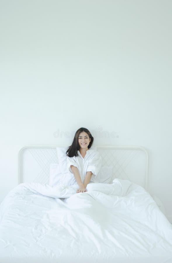 Просыпать вверх в утре стоковое фото rf