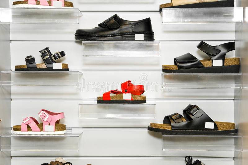 протезные ботинки стоковые фото