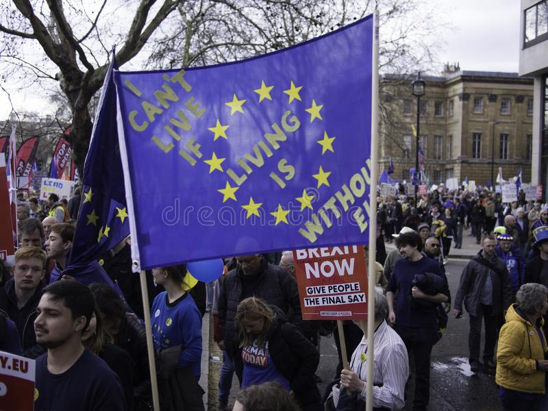 Протестующие во время анти- демонстрации Brexit, Лондон, март 2019 стоковые изображения rf