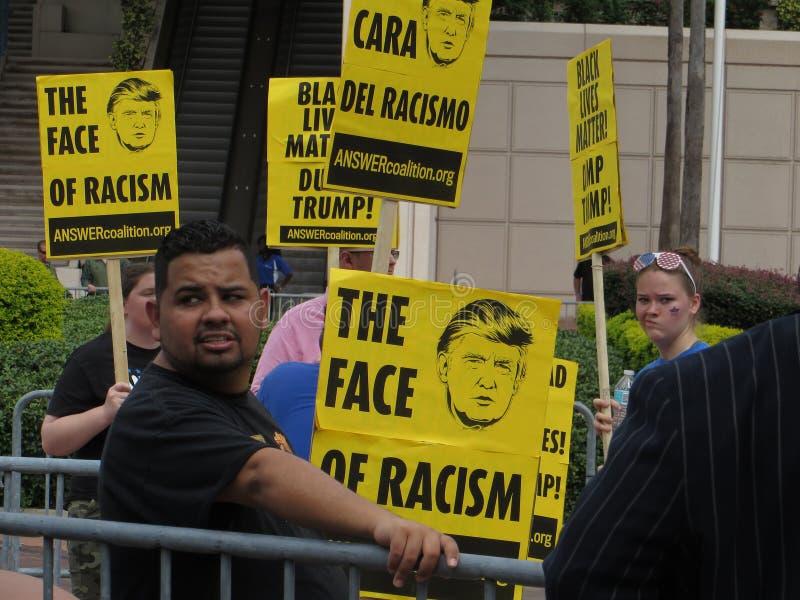 Протестующие козыря стоковые изображения rf