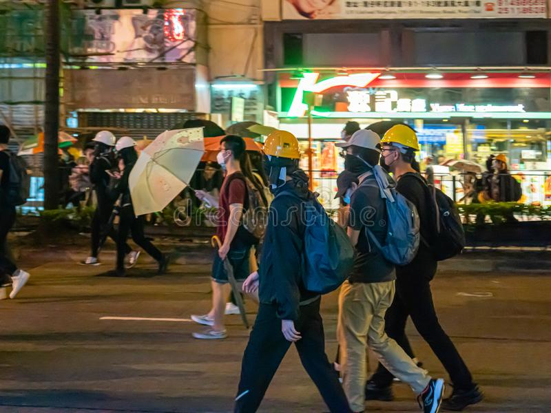 Протестующие 28-ОЕ ИЮЛЯ 2019 счета анти--экстрадиции Гонконга стоковое изображение