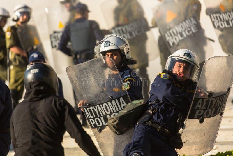 Протесты анархиста в Афинах, Греции стоковое изображение rf