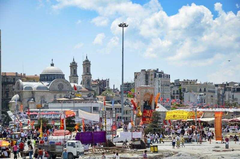 Протесты и события парка Taksim Gezi Взгляд от Taksim Squar стоковое изображение rf