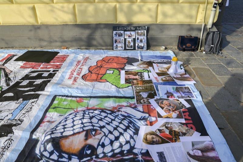 Протесты на улицах милана для отпуска Ahed Tamimi, 17-ти летней палестинской девушки, арестованной израильскими силами стоковые изображения rf