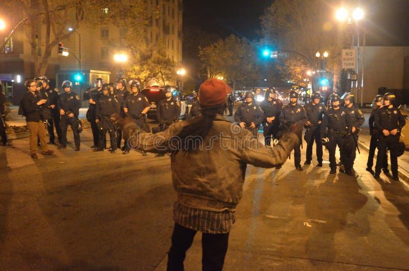 Протесты решения Ferguson в Окленд Калифорнии стоковые фото