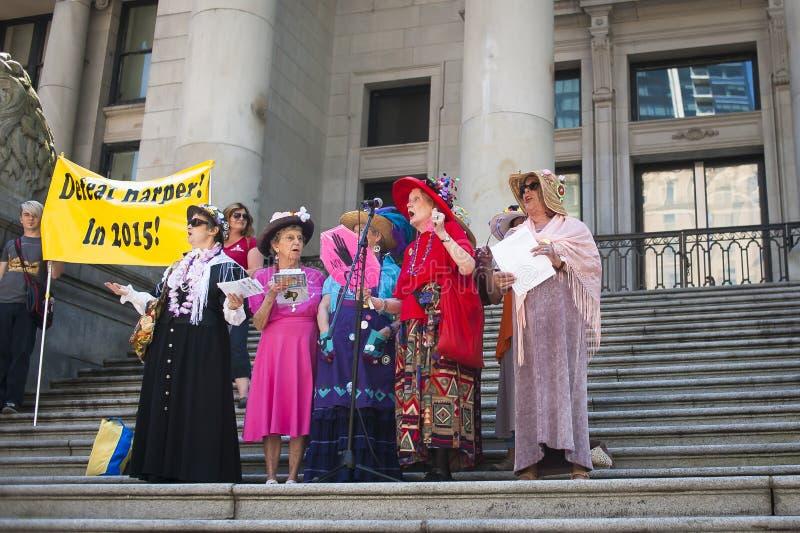 Протест Билла C-51 (поступка Анти--терроризма) в Ванкувере стоковые фотографии rf