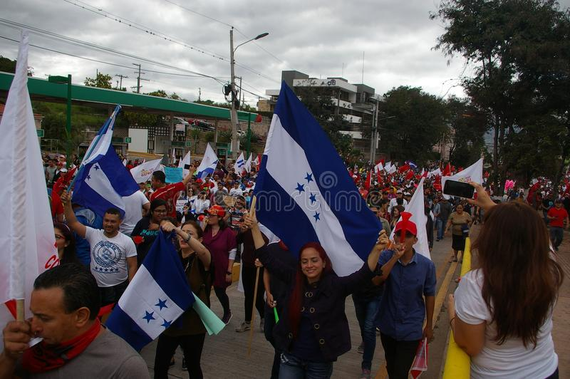 Протест март против перевыборы 2017 11 стоковая фотография rf