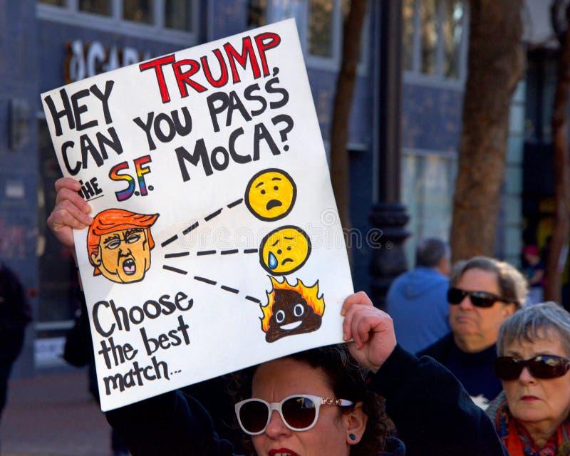 Протест Сан-Франциско -го март ` s женщин, CA стоковое изображение