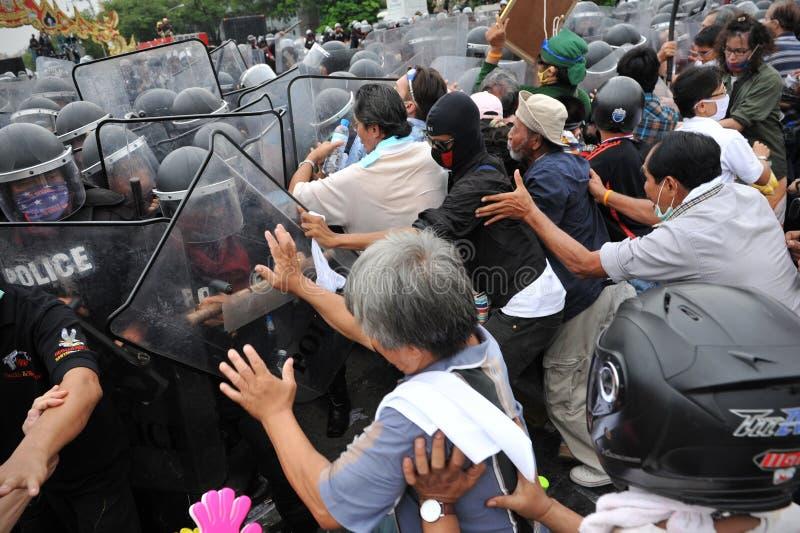 Противоправительственное ралли в Бангкок стоковые фото