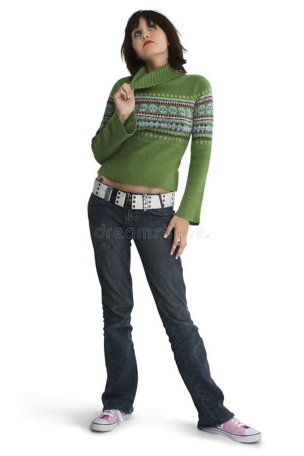 против девушки предпосылки красивейшей стоя предназначенная для подростков белизна стоковая фотография