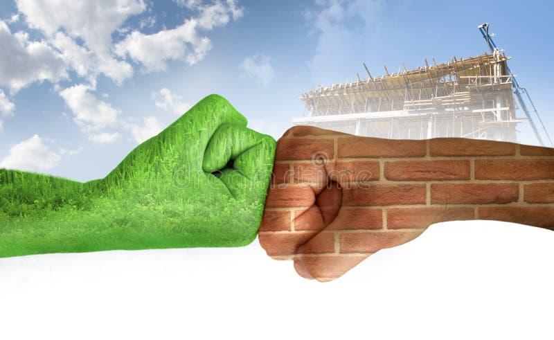 против каждой экологичности вручает другому 2 стоковая фотография rf
