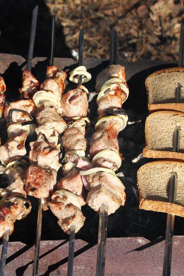 Протыкальники и хлеб мяса стоковое изображение rf