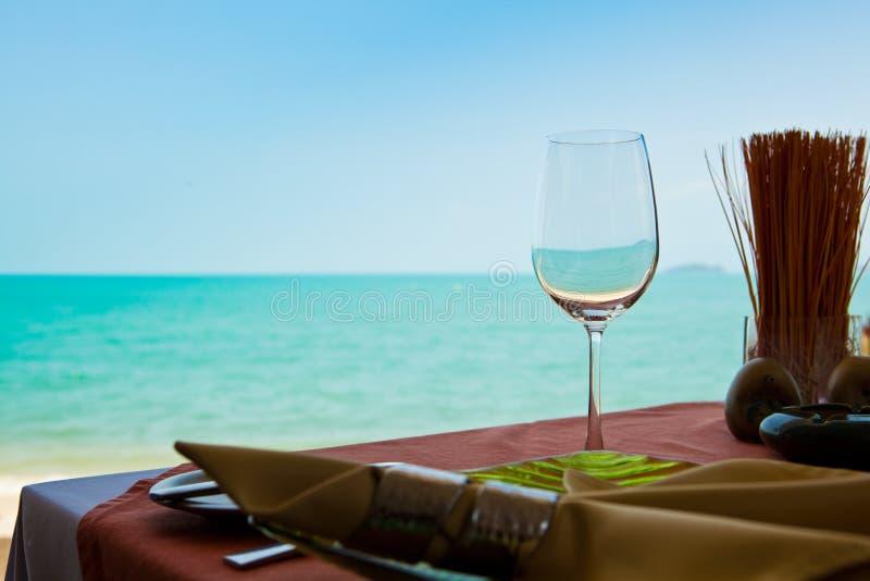 Профессиональный ресторан пляжа стоковые изображения rf