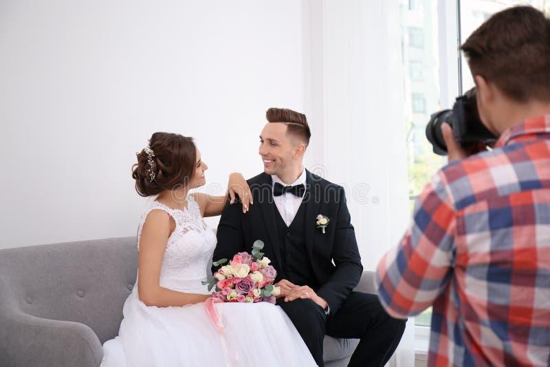 вот в каком режиме фотографировать свадьбу материал считается более