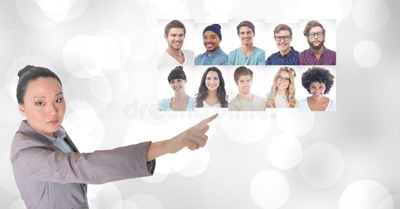 Профили портрета женщины касающие различных людей стоковая фотография rf