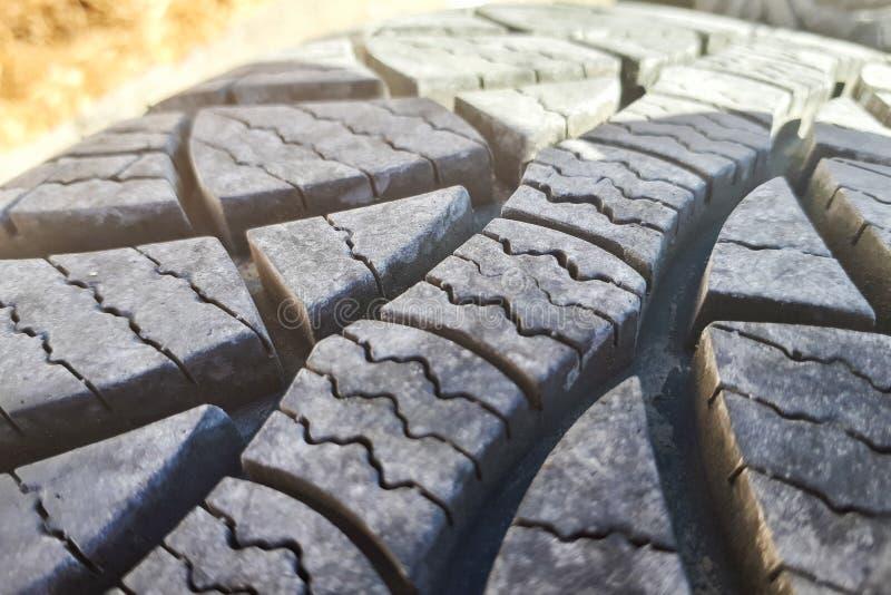 Профиль шины зимы конца-вверх Текстурированный профиль шины стоковые изображения