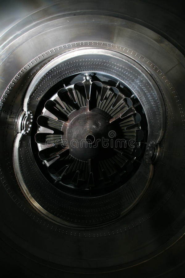 Профиль двигателя турбины Технологии авиации Деталь реактивного двигателя воздушных судн в экспозиции стоковые фотографии rf