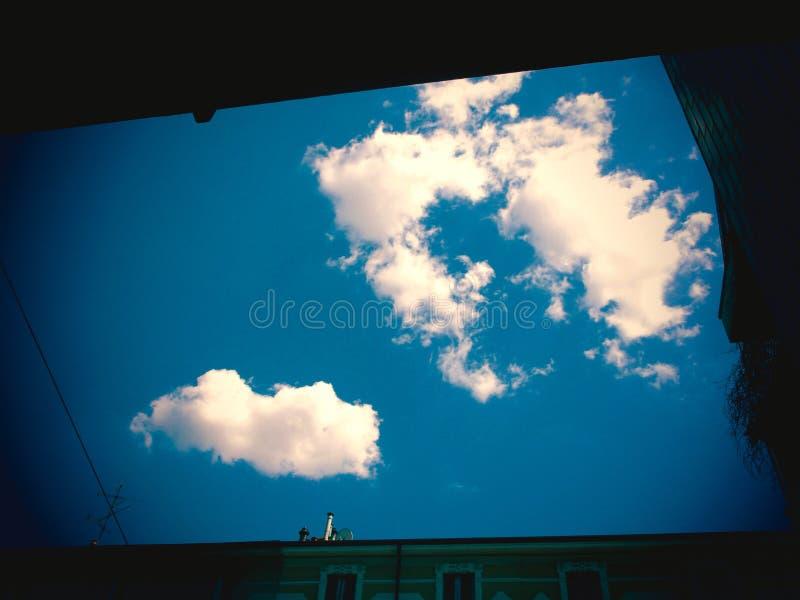 проходить облаков стоковые фотографии rf