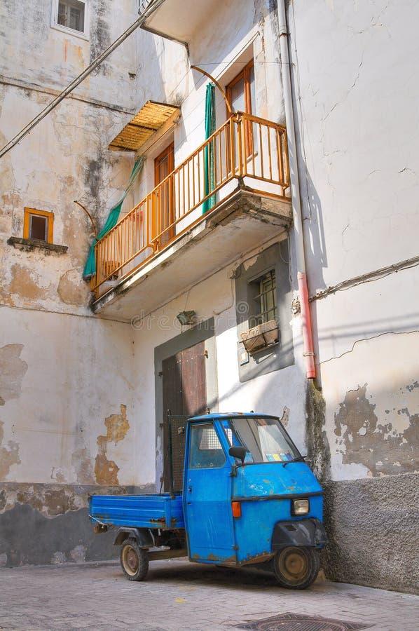 Download Проход. Rodi Garganico. Puglia. Италия. Стоковое Изображение - изображение насчитывающей перспектива, селитебно: 33731669