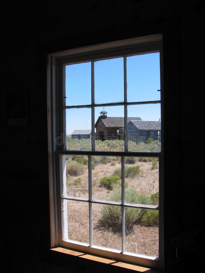 прошлое окно стоковое изображение