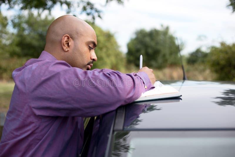 Продавец автомобилей стоковое изображение