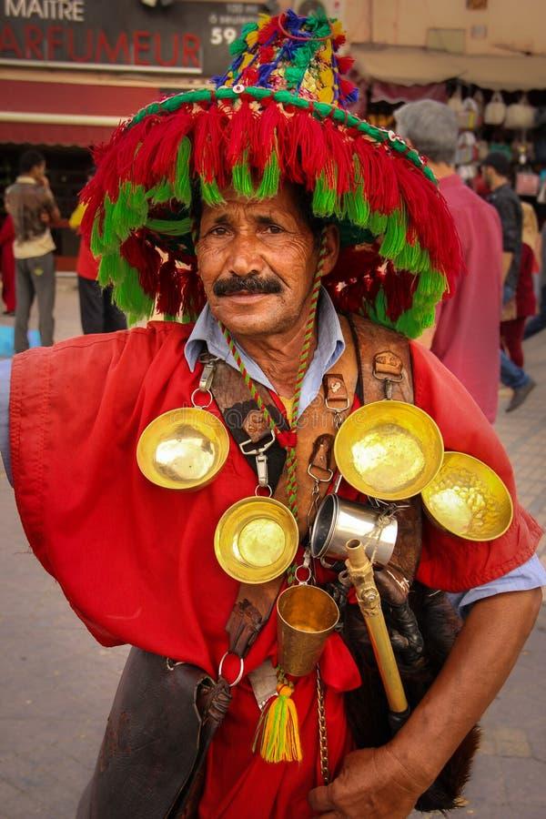Продавец воды квадрат fna el djemaa marrakesh Марокко стоковая фотография