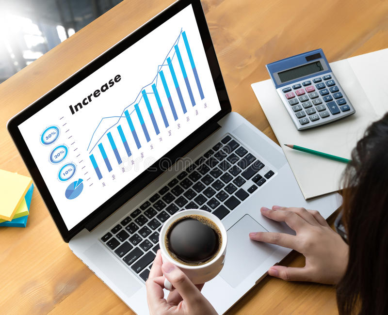 Продажи дело много диаграмм и диаграмм увеличивают доли Co дохода стоковое изображение