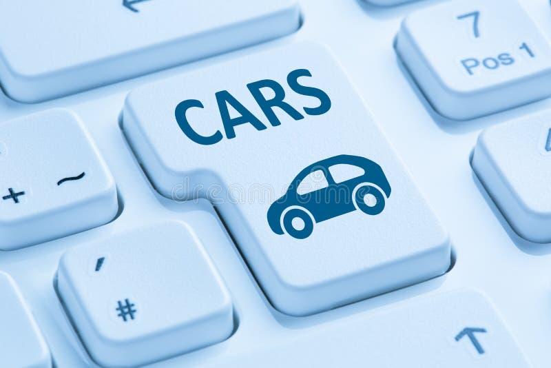 Продающ покупая автомобили автомобиля онлайн кнопка голубая клавиатура компьютера стоковое фото
