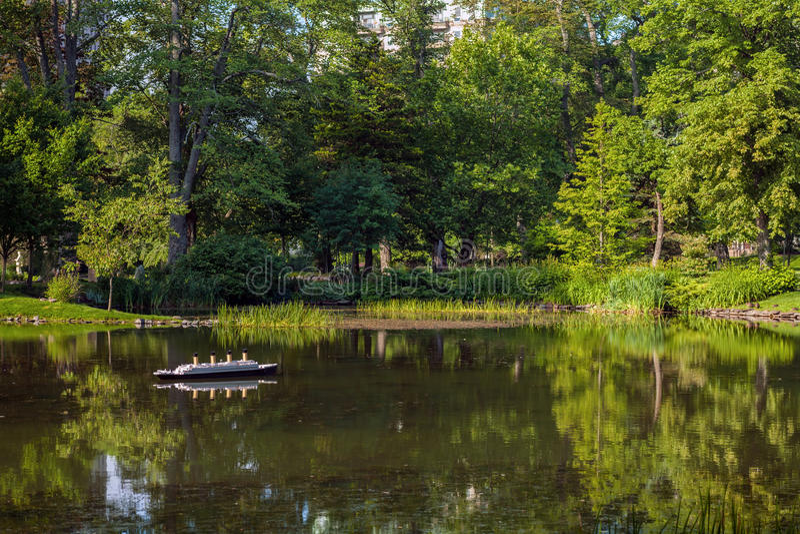 Пруд парка стоковое фото