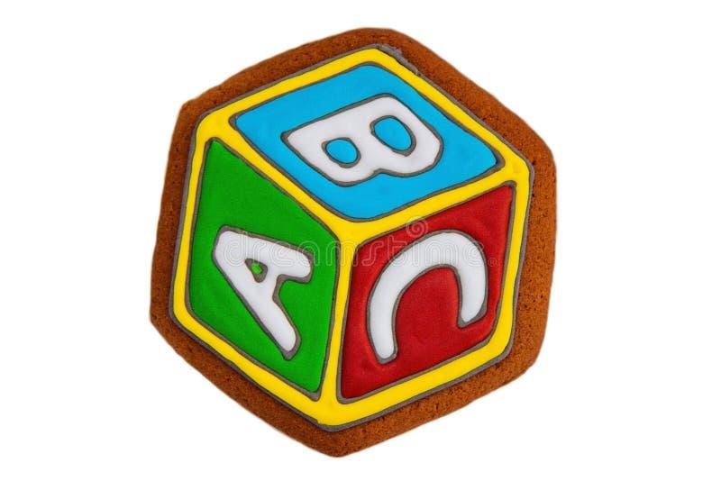Пряник, печенья в форме куба с ABC писем стоковое изображение rf