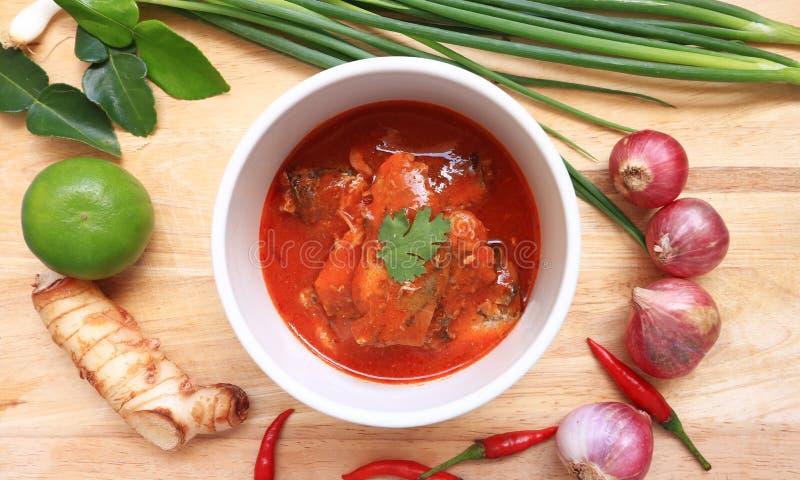 Пряный законсервированный салат сардины стоковое фото