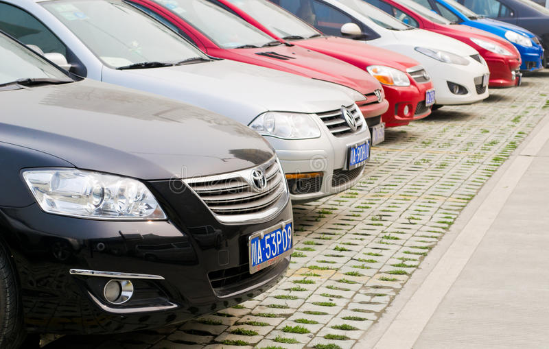 публика автостоянки стоковые изображения rf