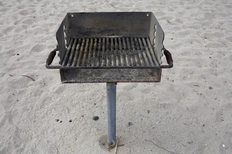 публика решетки пляжа барбекю стоковое изображение rf