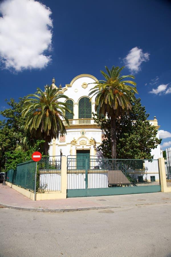 Download публика seville здания стоковое фото. изображение насчитывающей испания - 18376102