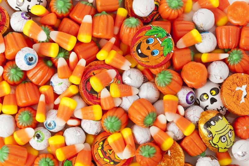 Пугающая оранжевая конфета хеллоуина стоковая фотография