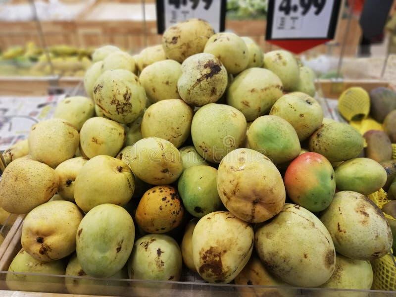 Пуки манго стоковые фото