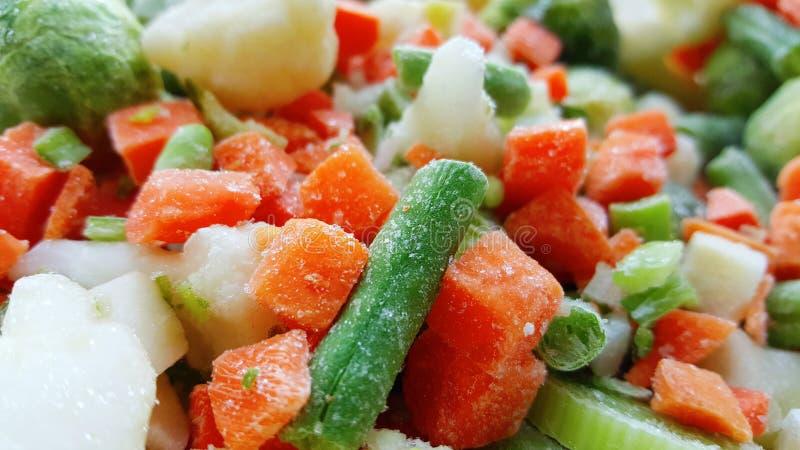 Пук смешанных, который замерли овощей стоковые фотографии rf