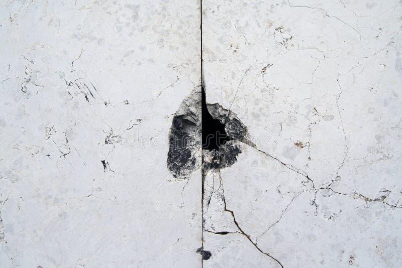 пулевое отверстие стоковая фотография rf