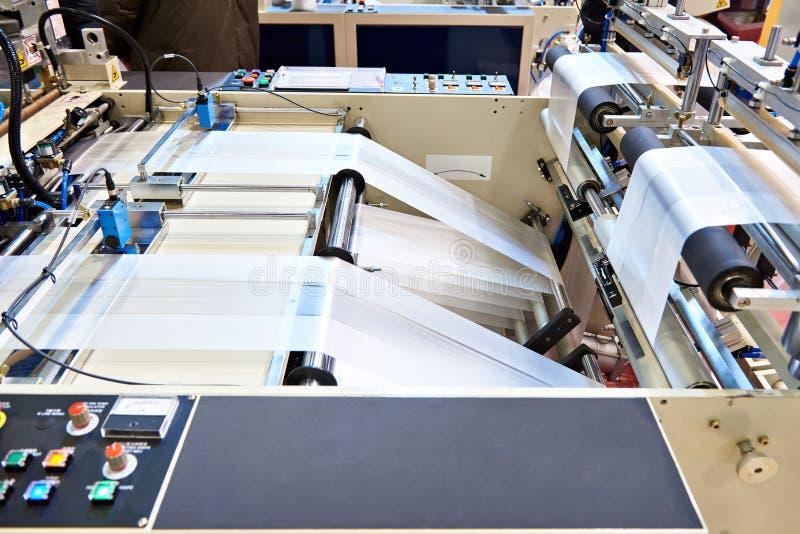 Пульт управления полиэтиленовых пакетов машины стоковая фотография
