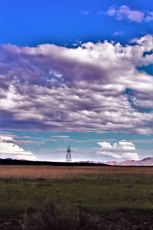 Пункт захода солнца, черный город каньона, Yavapai County, Аризона, Соединенные Штаты стоковые фото
