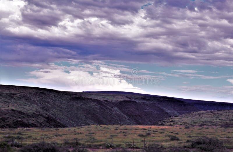 Пункт захода солнца, черный город каньона, Yavapai County, Аризона, Соединенные Штаты стоковое изображение