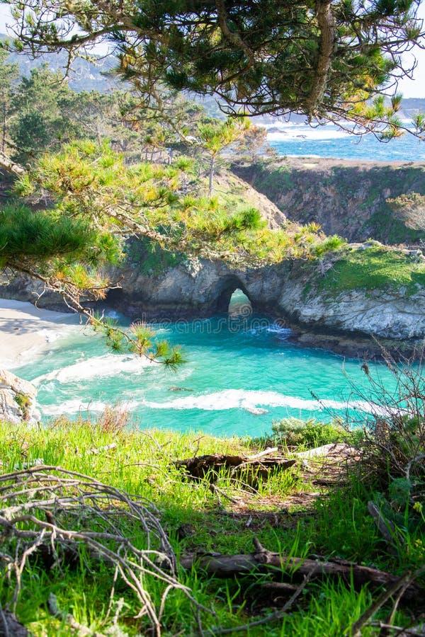 Пункт Lobos пляжа Weston, Carmel---море стоковое фото