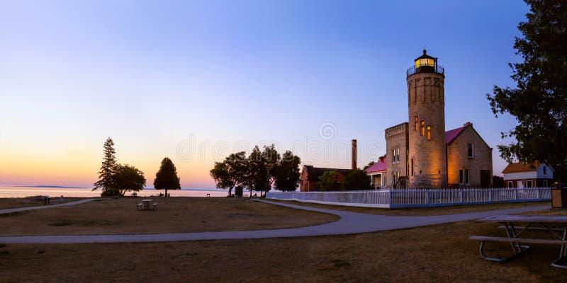 пункт mackinac маяка старый стоковое фото