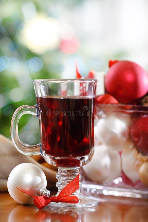 Пунш клюквы или краснокалильное вино стоковые фотографии rf
