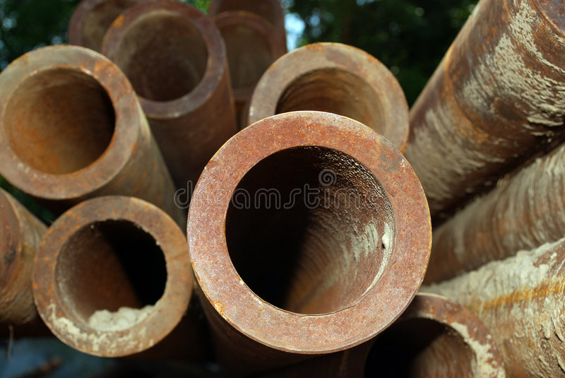 пускает сталь по трубам стоковое изображение rf