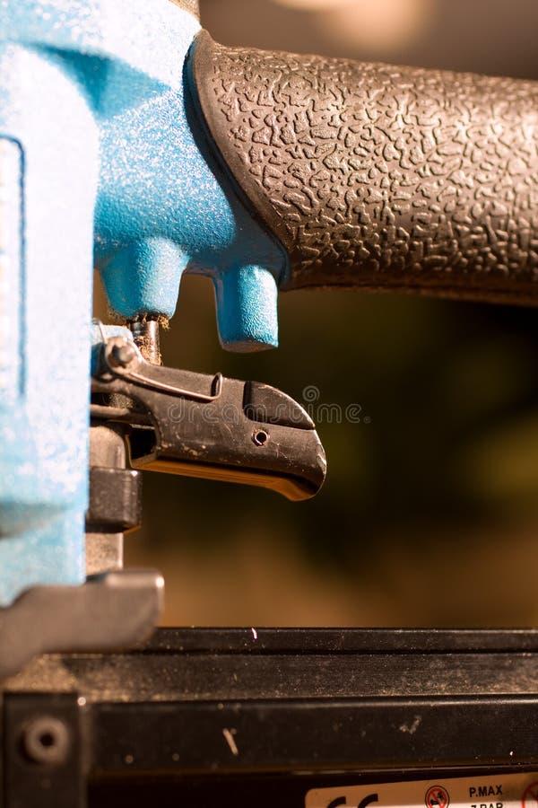 пуск ногтя пушки стоковое фото