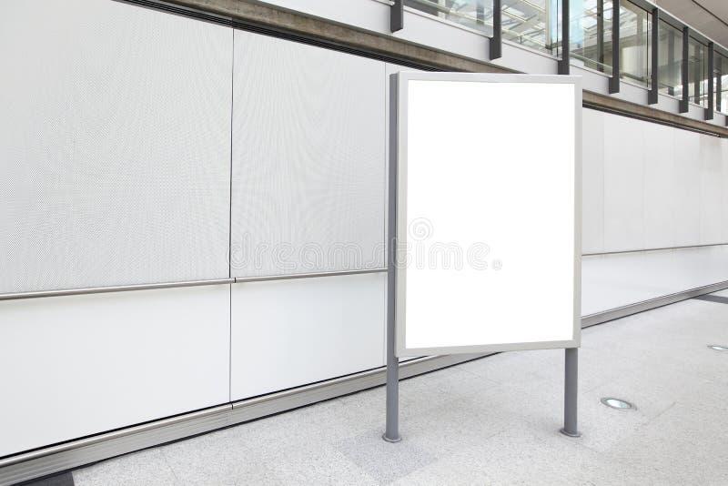 Пустая афиша в авиапорте стоковая фотография rf